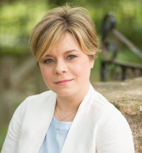 Dr. Karine Dubé '03